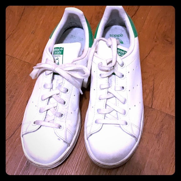adidas Shoes - Stan Smith's, size 7